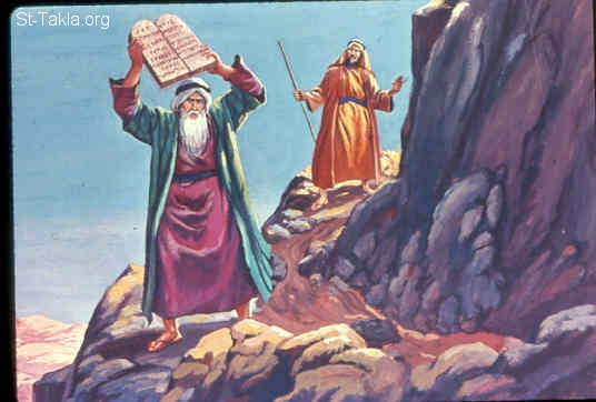 St-Takla.org Image: So it was, as soon as Moses came near the camp, that he saw the calf and the dancing. So his anger became hot, and he cast the tablets out of his hands and broke them at the foot of the mountain (Exodus 32:19) صورة في موقع الأنبا تكلا: موسى يكسر الألواح (خروج 32: 19)
