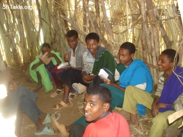 St-Takla.org Image: At the Christian school, teaching young men hymns and the Holy Bible - St Teklahimanot Gadam, Bahir Dar - From St-Takla.org's Ethiopia visit - Photograph by Michael Ghaly for St-Takla.org, April-June 2008 ���� �� ���� ������ ����: �� ������� �������ɡ ����� ������� ������� � ������ ������ - ��� ������ ����������ʡ ��� ��� - �� ��� ���� ���� ������ ���� �������� - ����� ����� ���� ��: ���� ������ ���� ������ʡ �����-����� 2008