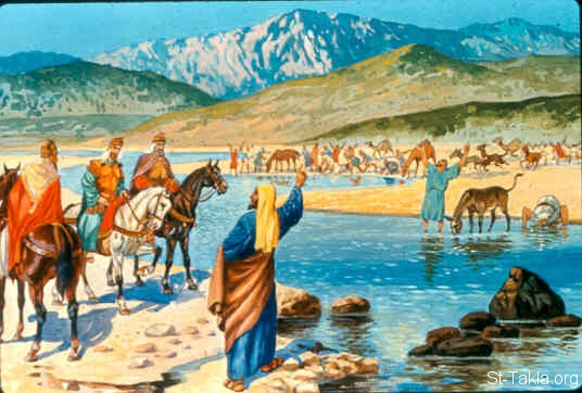 St-Takla.org Image: Now it happened in the morning, when the grain offering was offered, that suddenly water came by way of Edom, and the land was filled with water. (2 Kings 3:20) صورة في موقع الأنبا تكلا: المياه تملأ جميع الحفر (ملوك الثاني 3: 20)