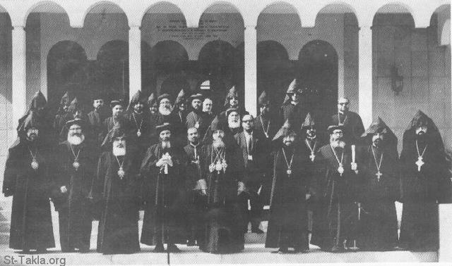 St-Takla.org Image: His Holiness Pope Shenouda III with the Coptic delegates in front of the Orthodox Armenian Cathedral entrance, Lebanon, 1972 ���� �� ���� ������ ����: ������ ����� ������ ������ ������ ���� ���� ��������� ������ ��������� �������� - ����� ��� 1972