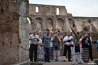 Image: 9 17 rome colosseum people a 0693