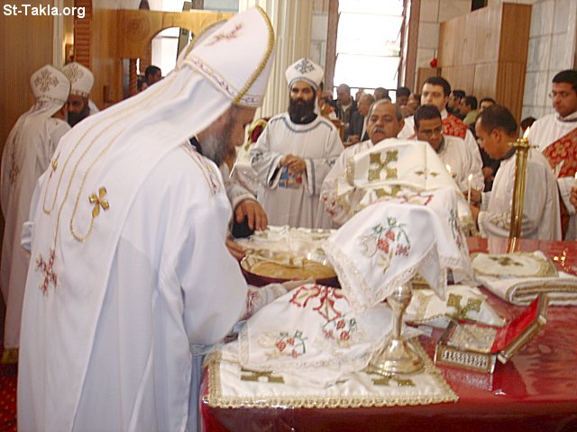 St-Takla.org Image: Coptic Orthodox Priests of St. Takla Haimanot Church, Alex, March 2007 ���� �� ���� ������ ����: ���� ���� ���� ����ء ������ ������ ������ ����������� ����������ɡ ���� 2007
