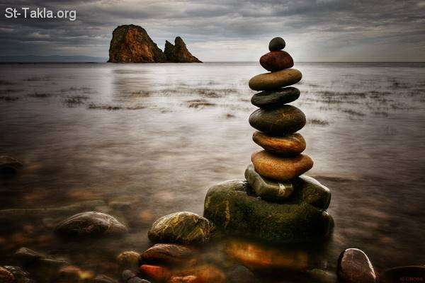 St-Takla.org Image: Rocks and sea, patience, contemplation ���� �� ���� ������ ����: ����� � ��ѡ ��ѡ ����