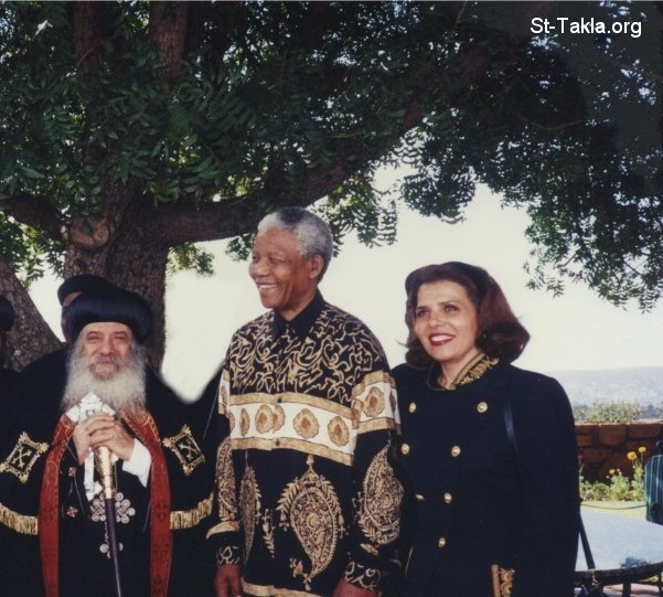 St-Takla.org Image: Pope Shenouda III with President Nelson Rolihlahla Mandela of South Africa and his wife ���� �� ���� ������ ����: ����� ������ ����� ������ �� ���� ���� ������� ������ ������ ���������� ������� ������