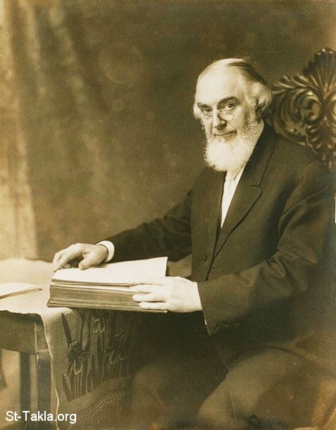 St-Takla.org Image: Charles Taze Russell (February 16, 1852 – October 31, 1916), or Pastor Russell of Jehova's Witnesses صورة في موقع الأنبا تكلا: تشارلز تاز راصل، 1852-1916، شهود يهوة