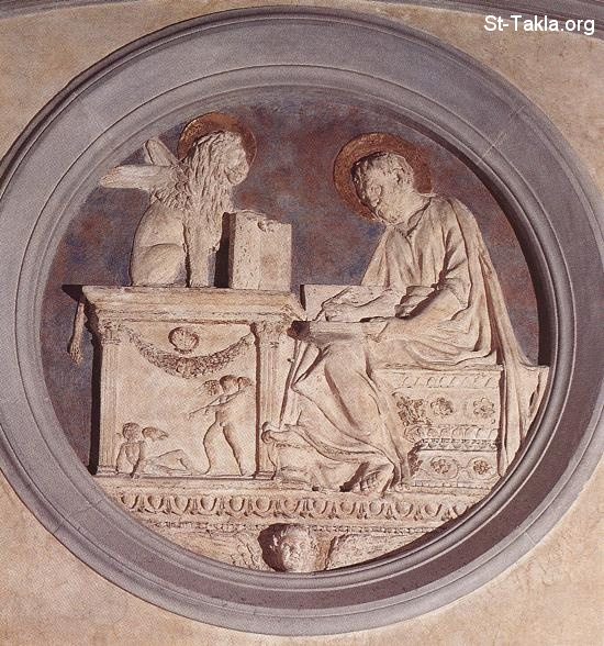 St-Takla.org         Image: photograph of a polychrome stucco bas-relief the Saint Mark the Evangelist by Donatello, 1428-43, Old Sacristy, Church of San Lorenzo, Florence, Italy ����: ��� ���� ���� ������ ���ӡ ��� ������ ��������� ��� 1428-43 ������ǡ �� ����� ������ ������� ������ǡ �������