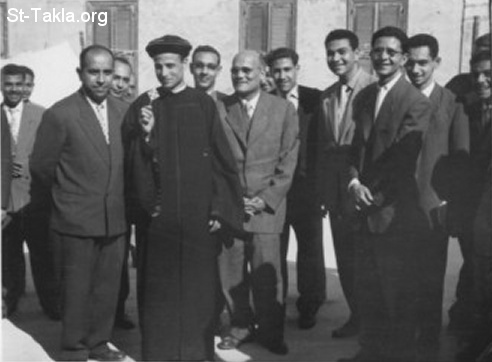 St-Takla.org Image: Mr. Youssef Habib at the right side of Father Pishoy, on the day of the ordination of late Abouna Bishoy Kamel, December 2nd, 1959 ���� �� ���� ������ ����: ������ ���� ���� ��� ���� ����� ����� �� ��� ����� ������� ����� ����� ���� �������� 2 ������ ��� 1959